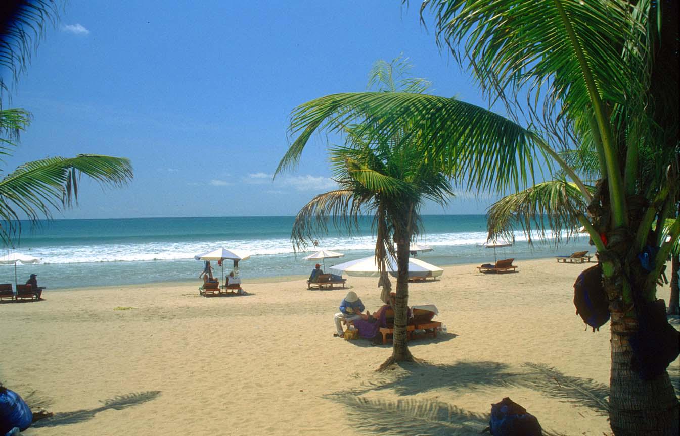 DPS Bali Kuta Beach