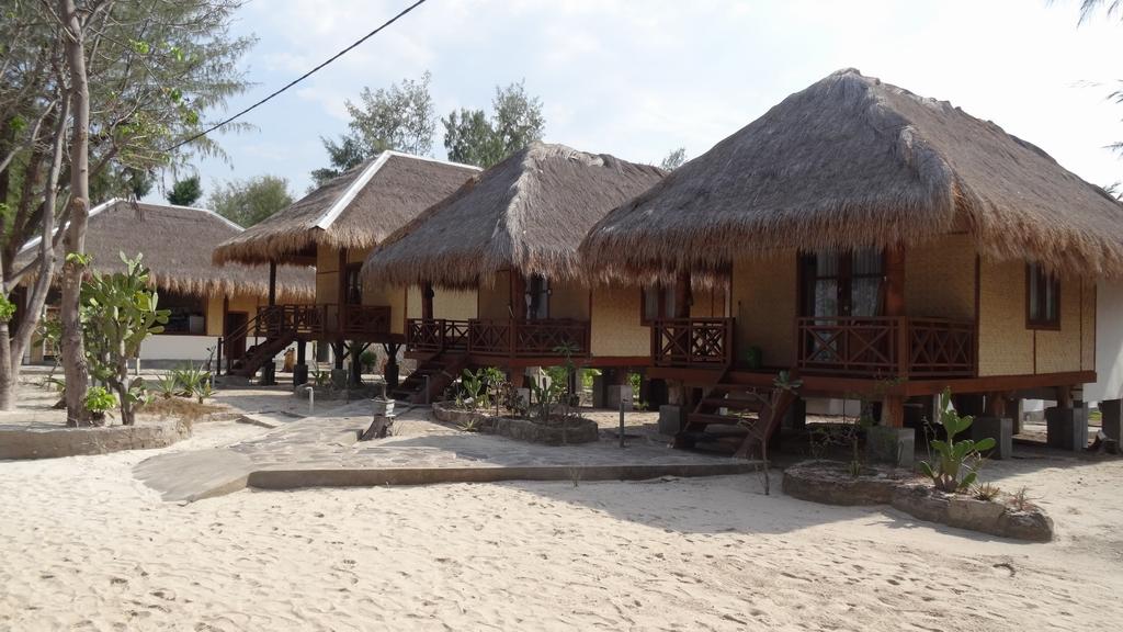 Lombok050-Gili-Meno.jpg