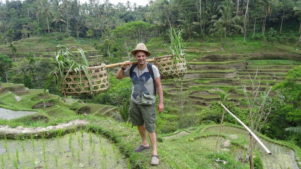 Bali090-Tumbakasa