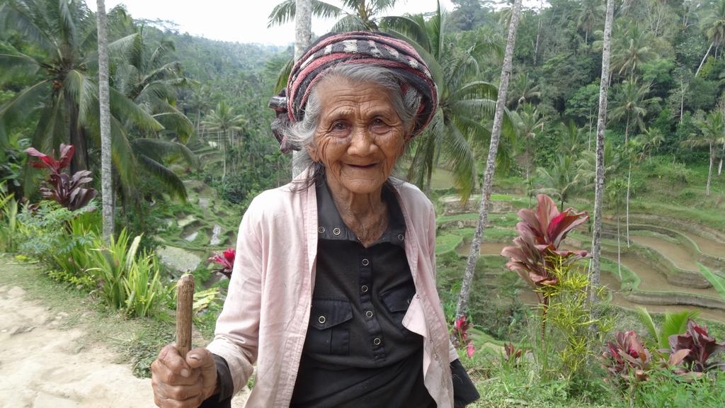 Bali104-Tumbakasa