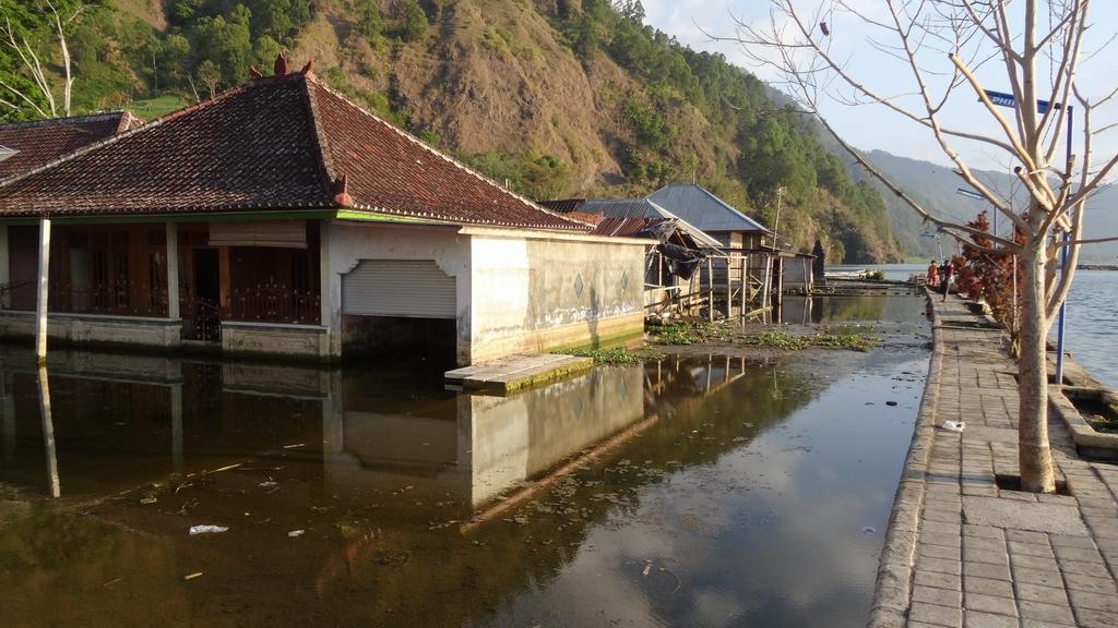 Bali158-Trunyan