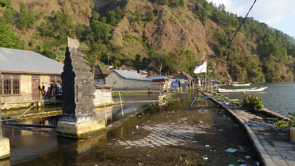 Bali162-Trunyan