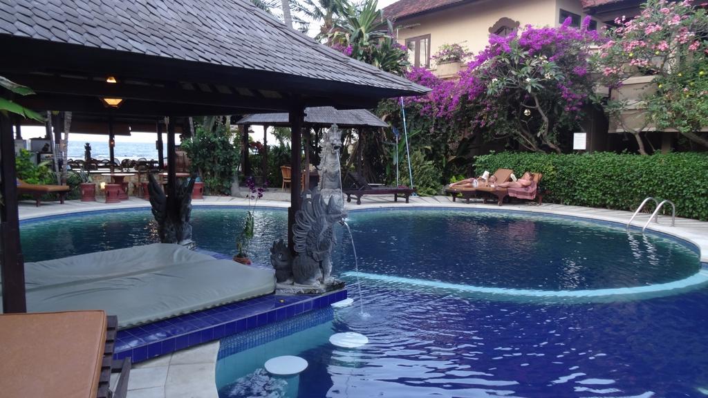 Bali212-Lovina