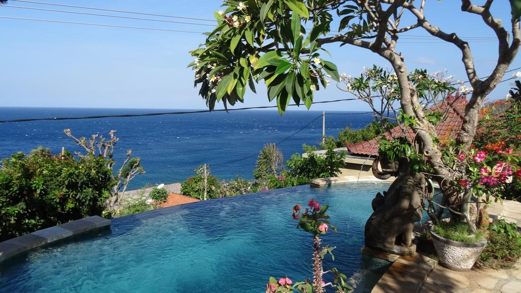 Bali318-Amed
