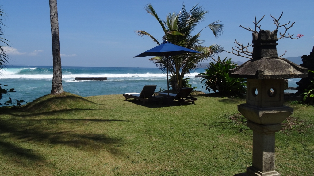 Bali338-Candidasa