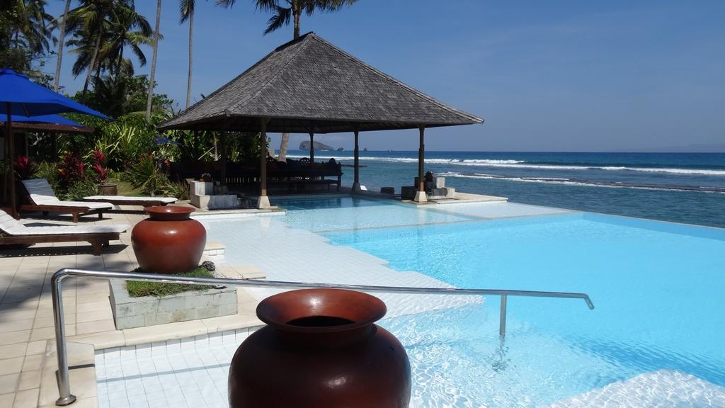 Bali347-Candidasa